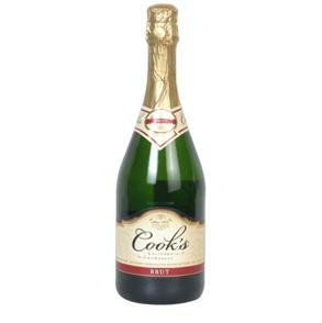 这款库克斯起泡葡萄酒(香槟)-最适合新年饮用的浪漫美酒
